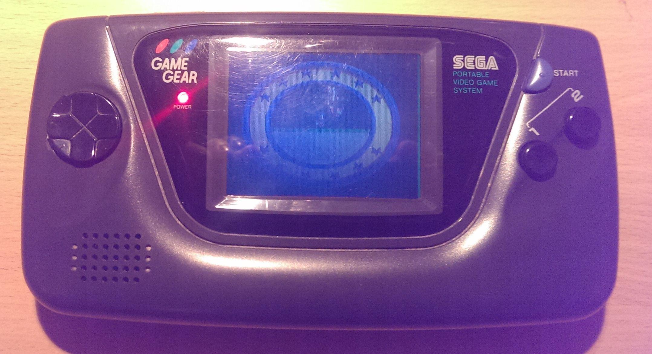 Game Gear - tmavý displej